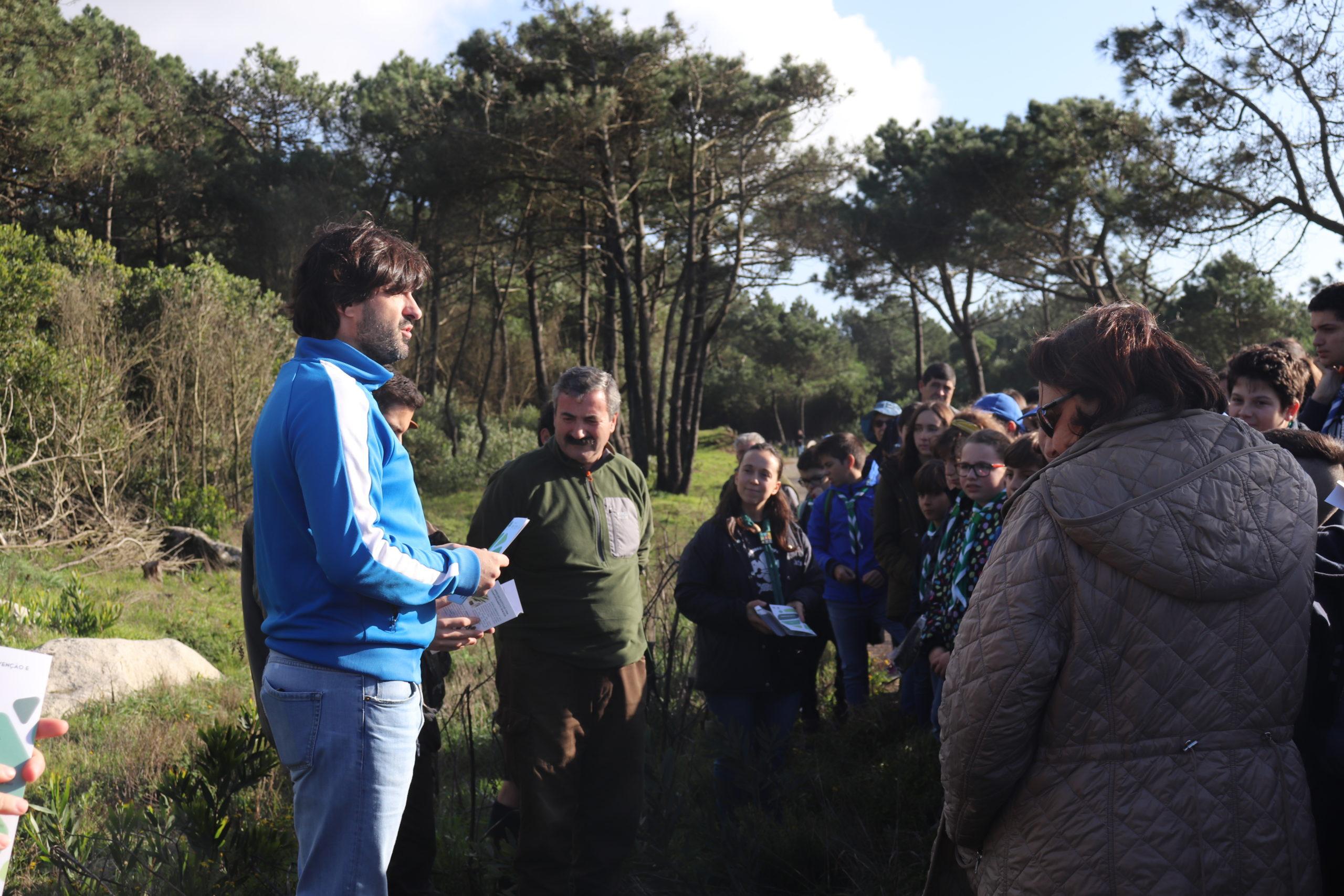 Escuteiros plantam espécies nativas no Monumento Natural da Ribeira de Anha no Dia Nacional da Floresta Autóctone