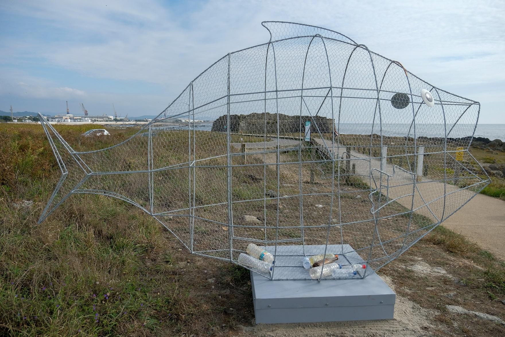 Viana do Castelo instala estruturas gigantes em formato de peixe para promover valorização de resíduos